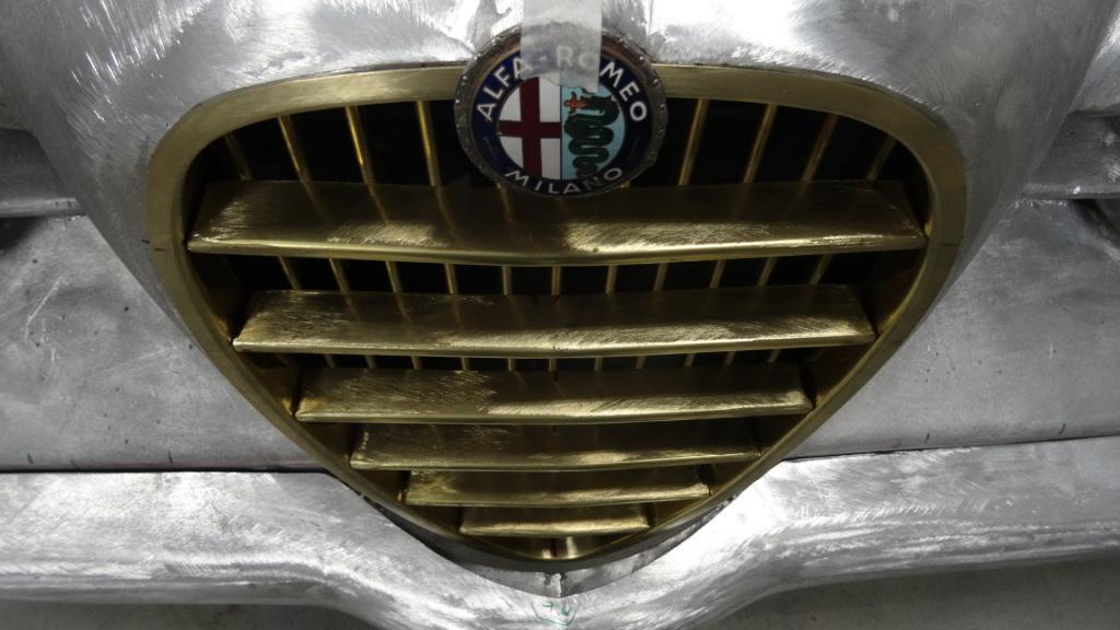 Name:  Alfa 1900 SG Frontmaske 11 18 024.jpg Views: 790 Size:  73.4 KB